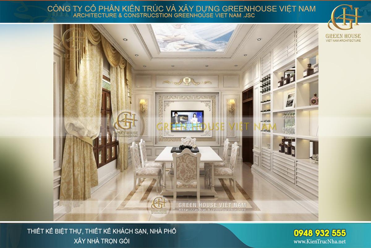 Phòng ăn được thiết kế sa hoa, lộng lẫy theo phong cách quý tộc