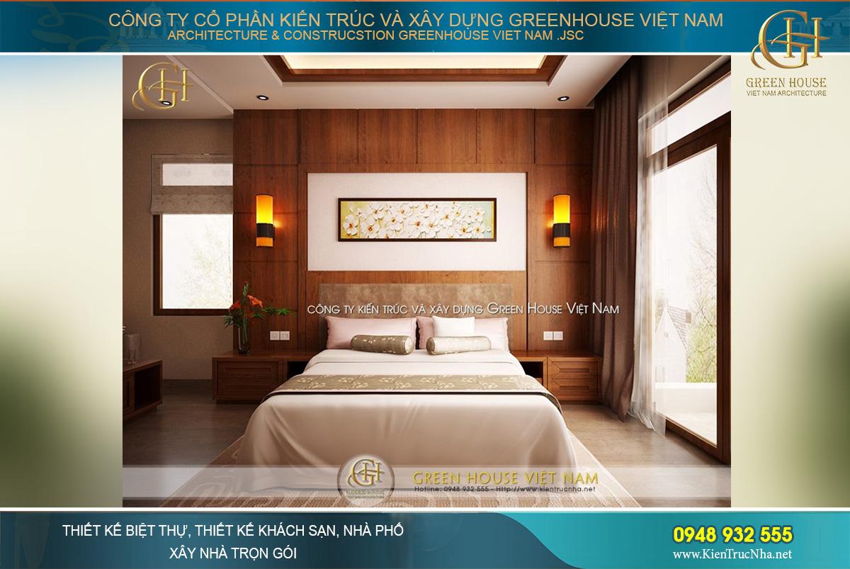 Thiết kế phòng ngủ master với gam màu cam, nâu nổi bật hơn cùng bức tường kính tràn ngập ánh sáng